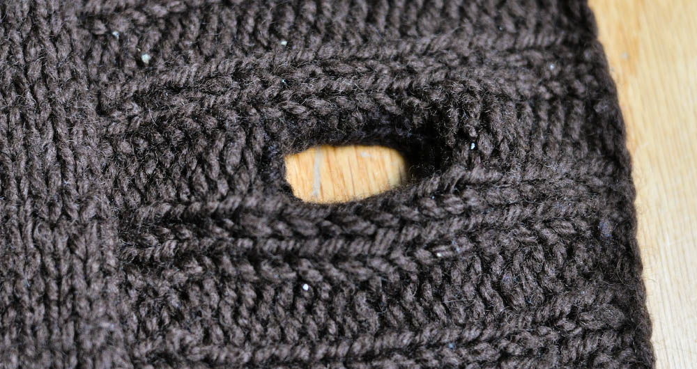 Knitting Stitches Buttonholes : How to Knit Buttonholes