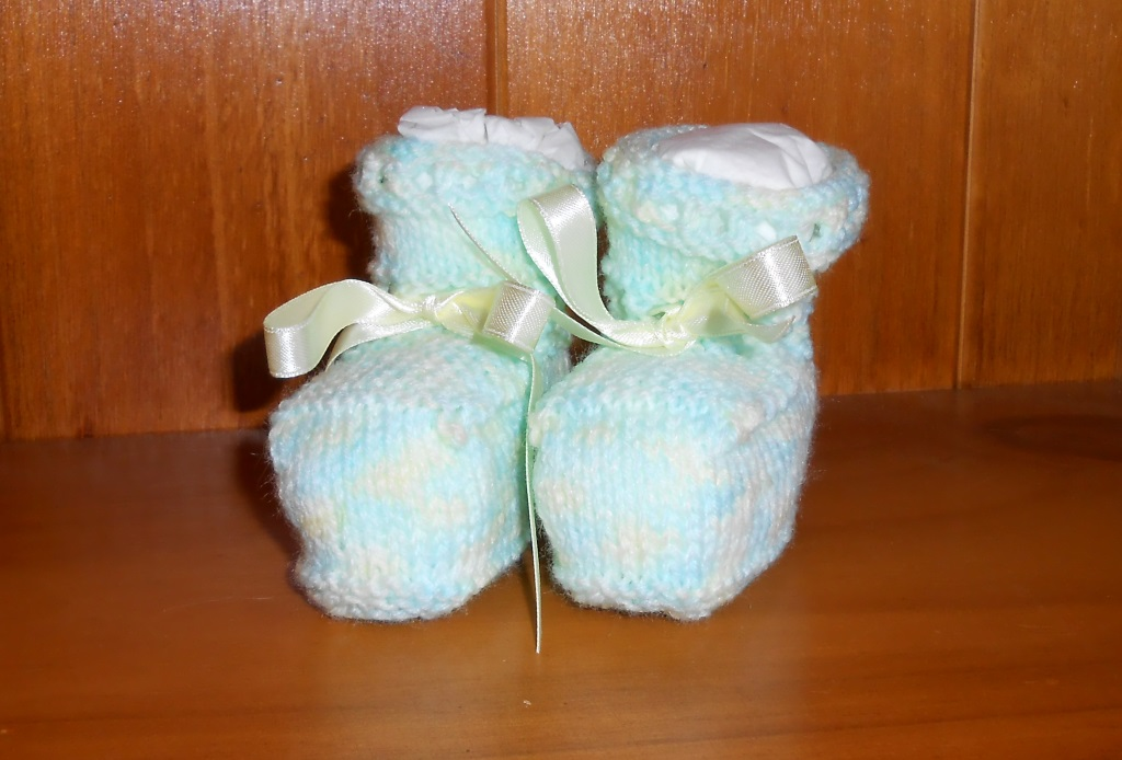How To Make Baby Booties On A Knitting Loom